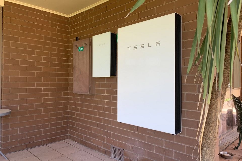 tesla battery image 1